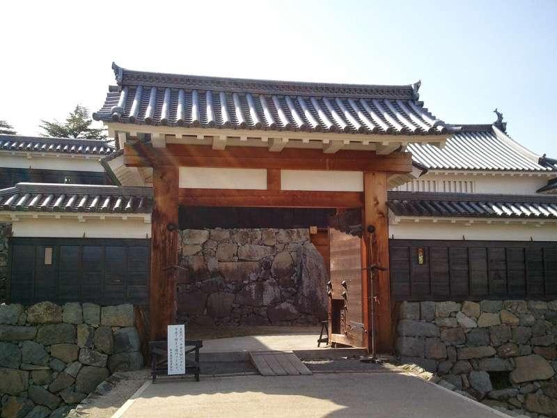 松本城 二の門 高麗門