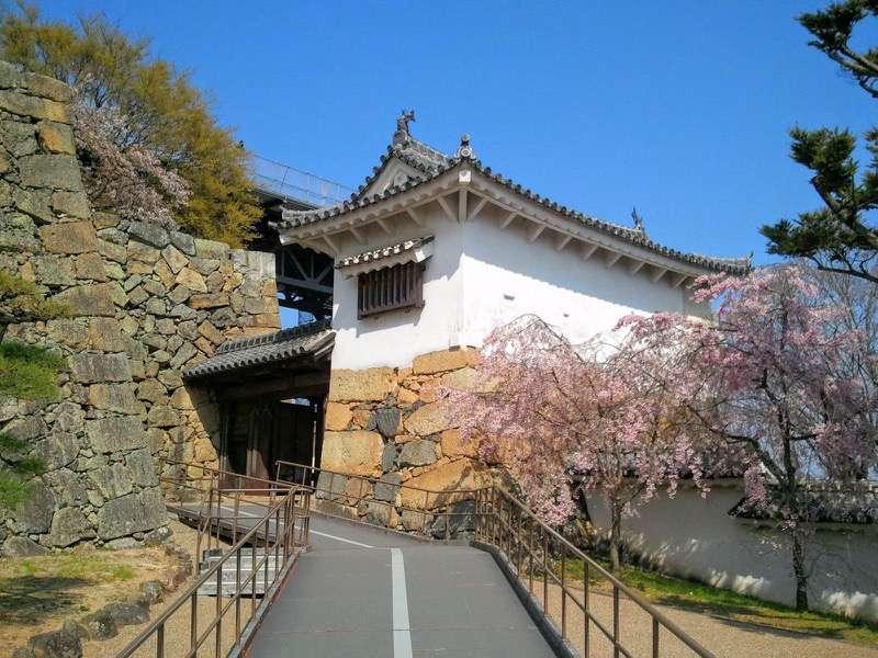 姫路城 りの門