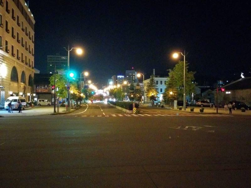 小樽 夜の中央通り1