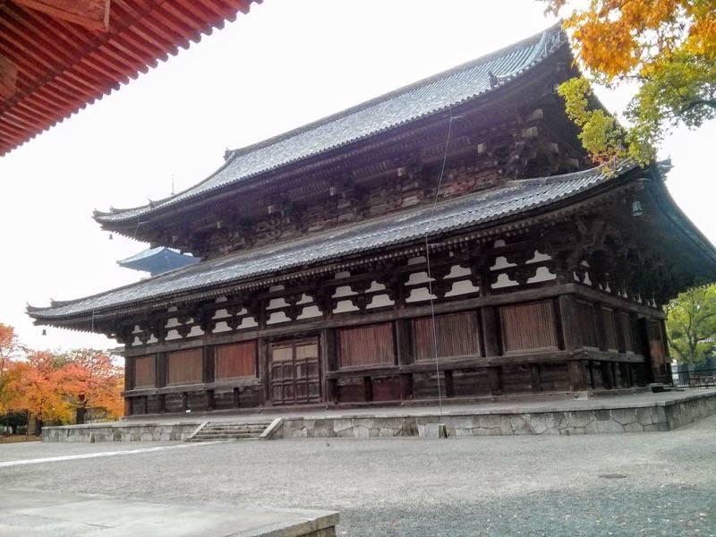 東寺 金堂3