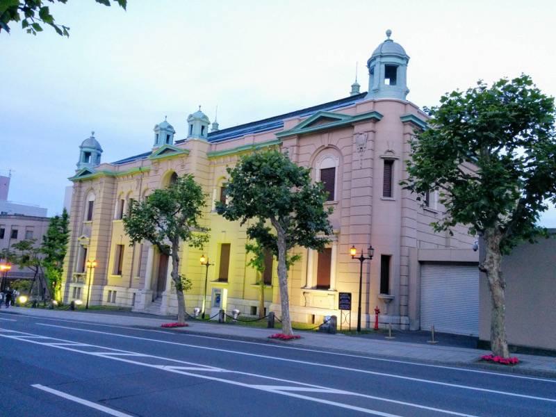 小樽 夕暮れの日本銀行旧小樽支店金融資料館1
