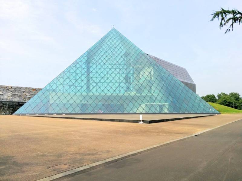 モエレ沼公園 ガラスのピラミッド1