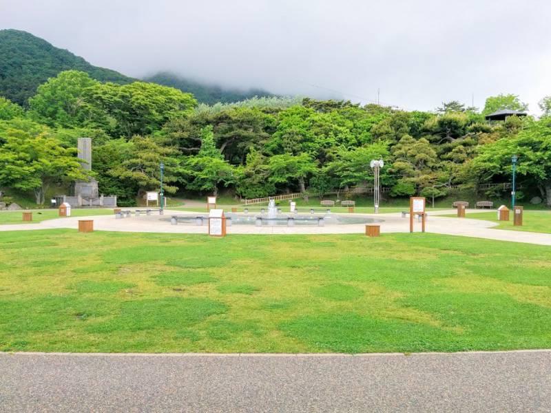 函館公園 広場2