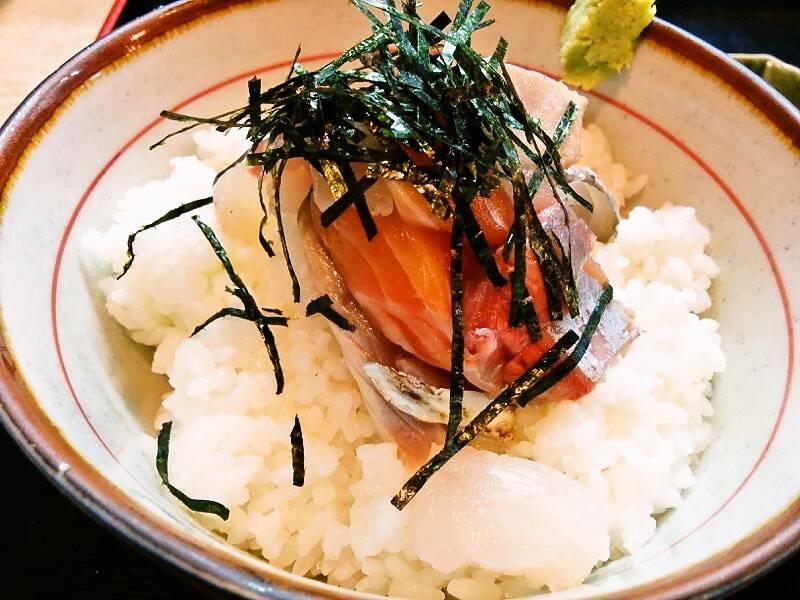兼平鮮魚店 中洲川端店 海鮮丼