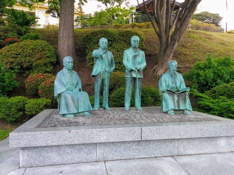 函館元町エリア 元町公園 四天王像