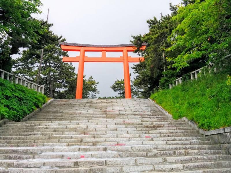 函館護国神社鳥居2