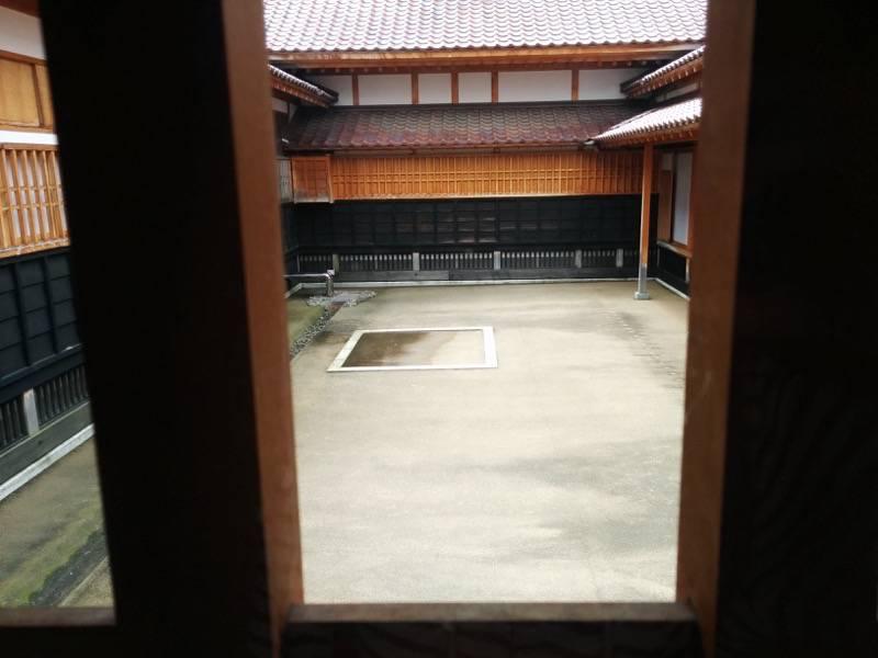 箱館奉行所 中庭