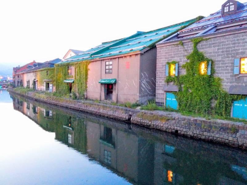 小樽 夕暮れの小樽運河1