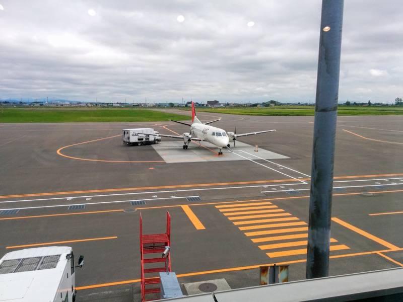 丘珠空港 飛行機2