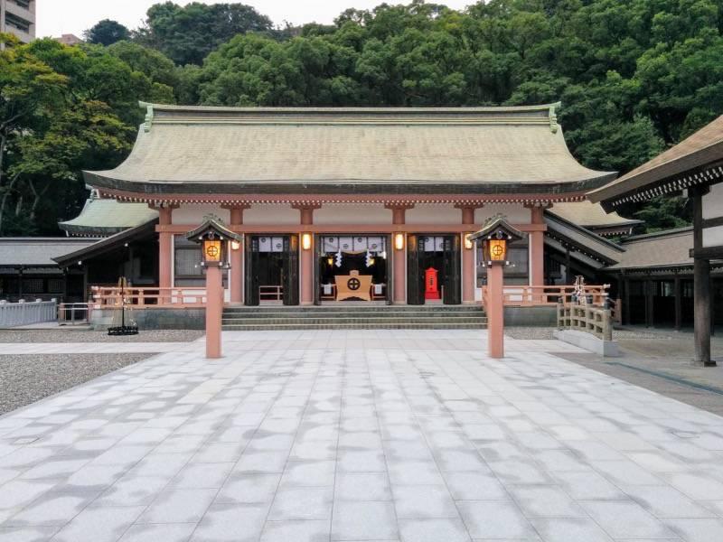 照国神社 拝殿