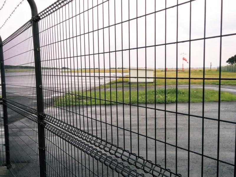 屋久島空港 滑走路