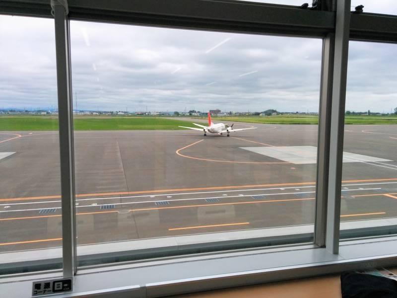 丘珠空港 飛行機1