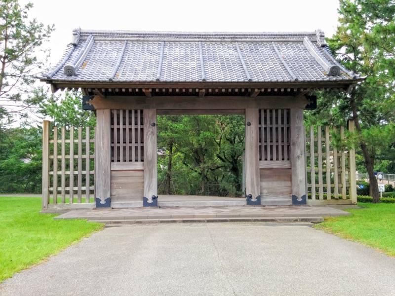 石橋記念公園 西田橋御門2