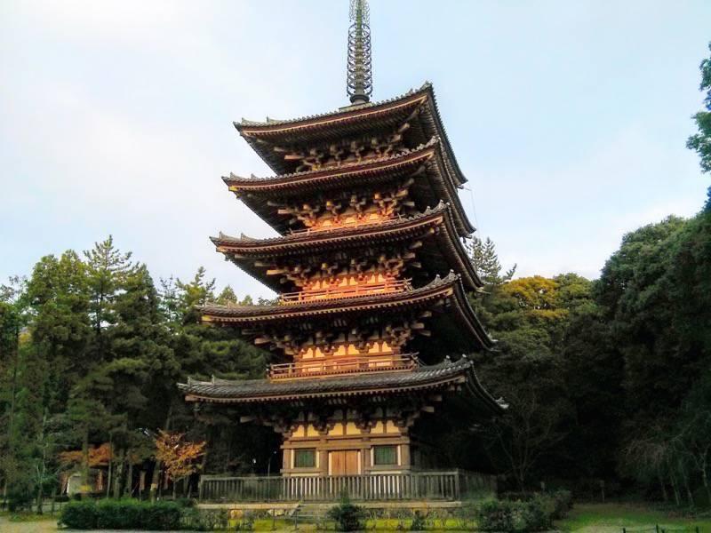 醍醐寺 五重塔横1