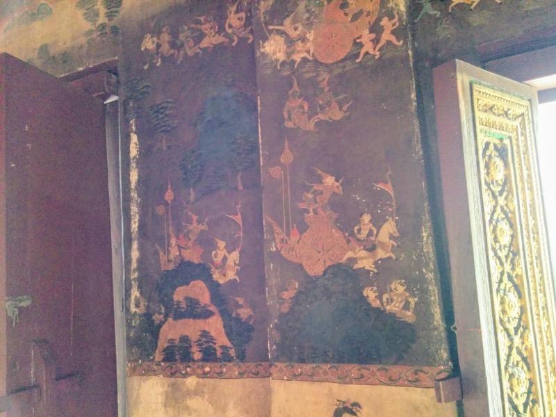 07本堂の中の壁画