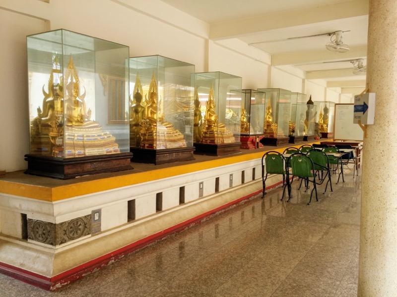 20回廊の仏像