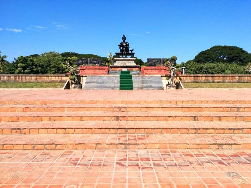 13ラームカムヘーン大王記念碑