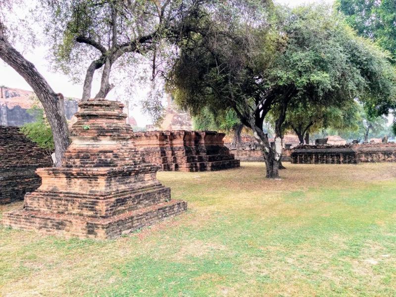 24仏塔跡