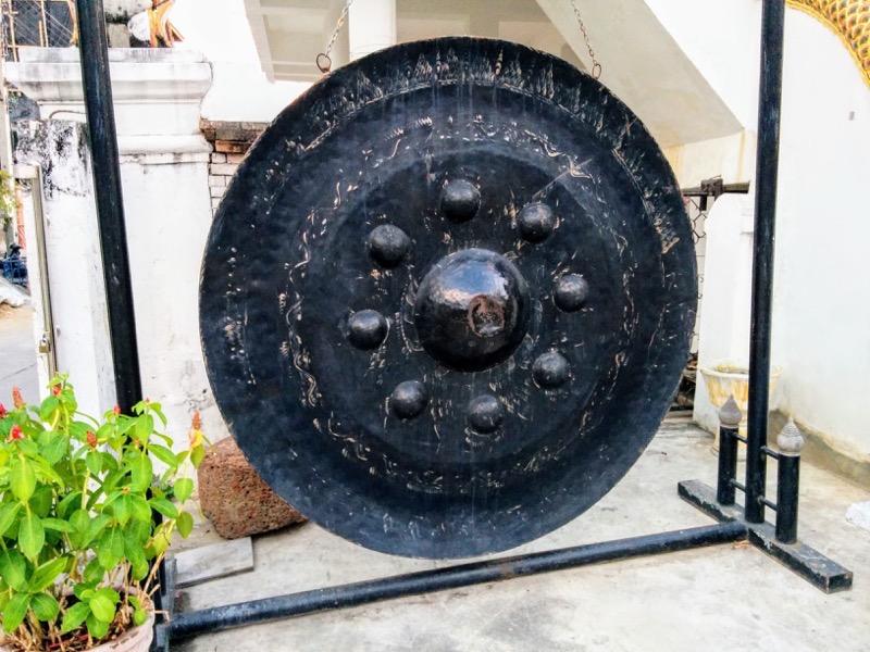 04大仏様裏の鐘