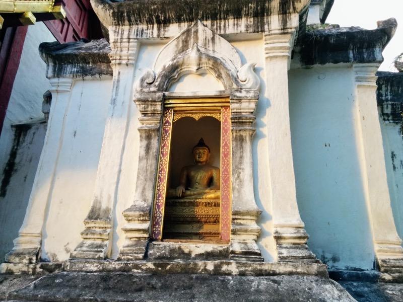 31ライカム礼拝堂裏の仏塔