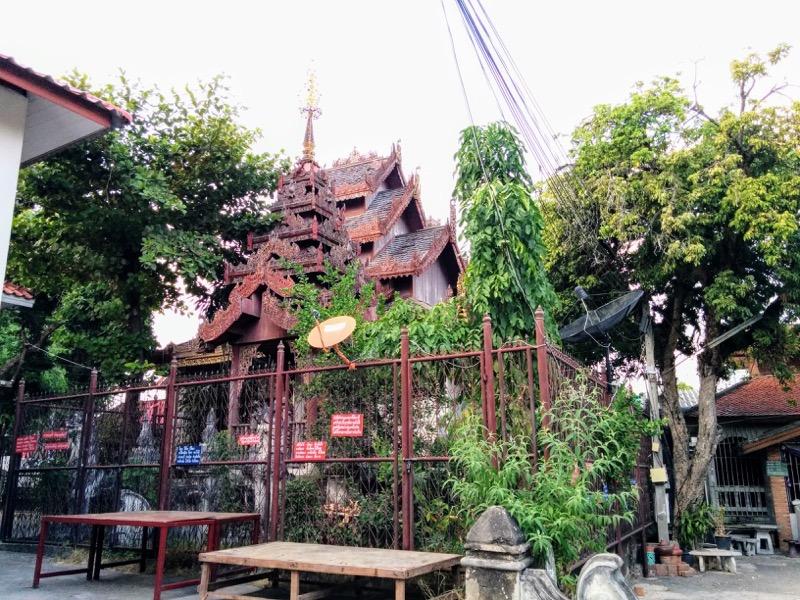 05古い建物