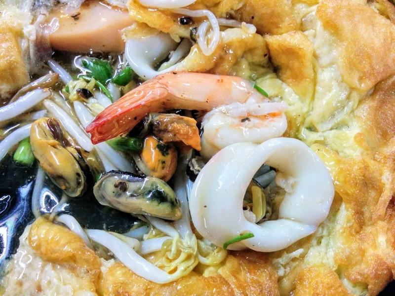 12海鮮と野菜の玉子とじ