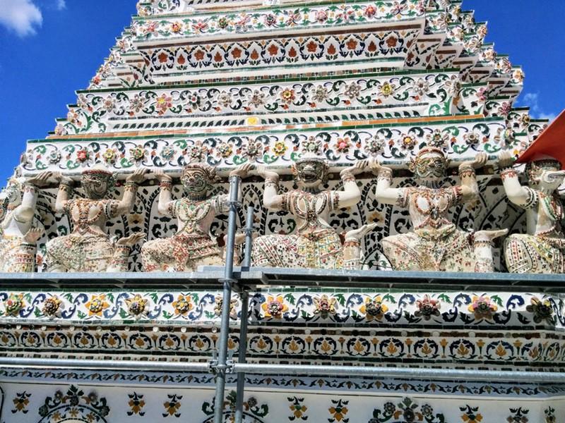 30小仏塔の装飾