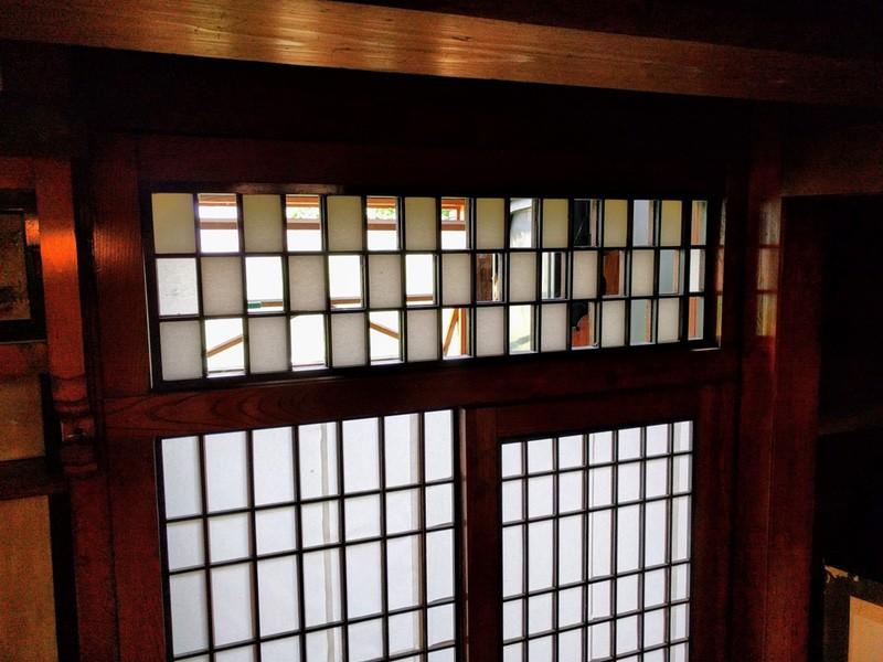 16茶室の入口