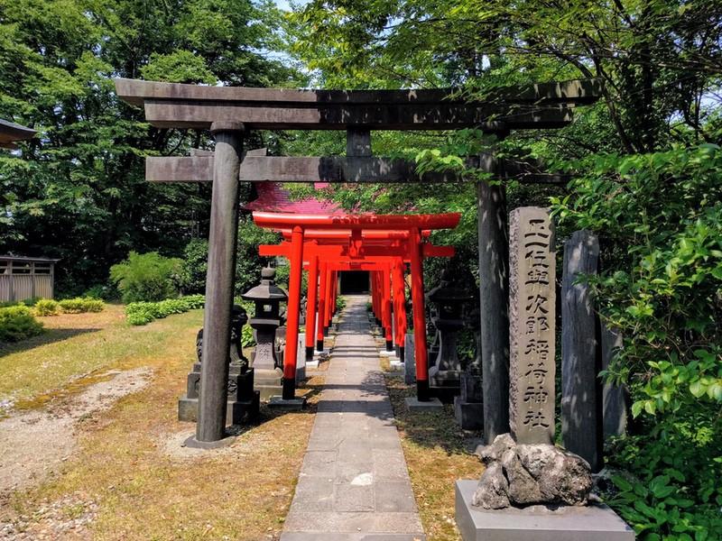 22稲荷神社