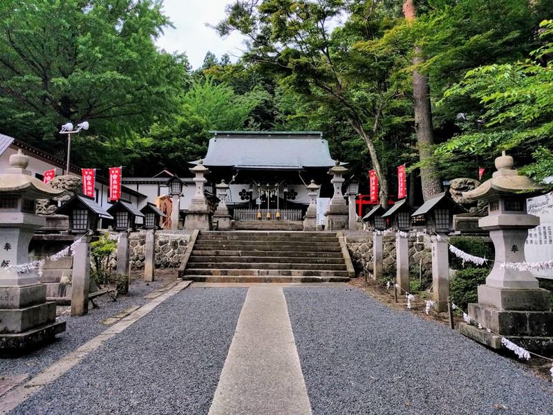16南湖神社