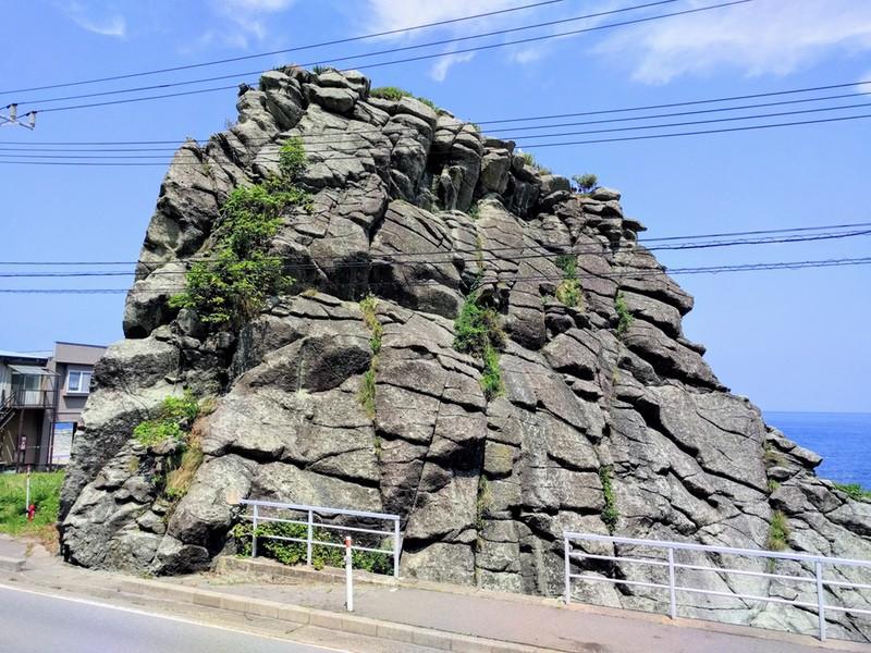 17千畳敷の大きな岩