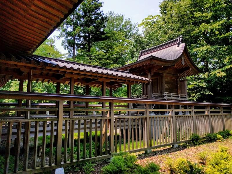 21八幡秋田神社