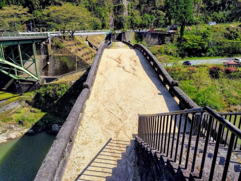 06霊台橋