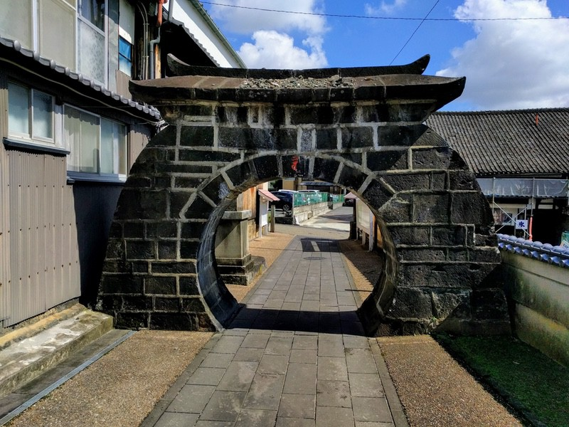 11金剛乗寺石門