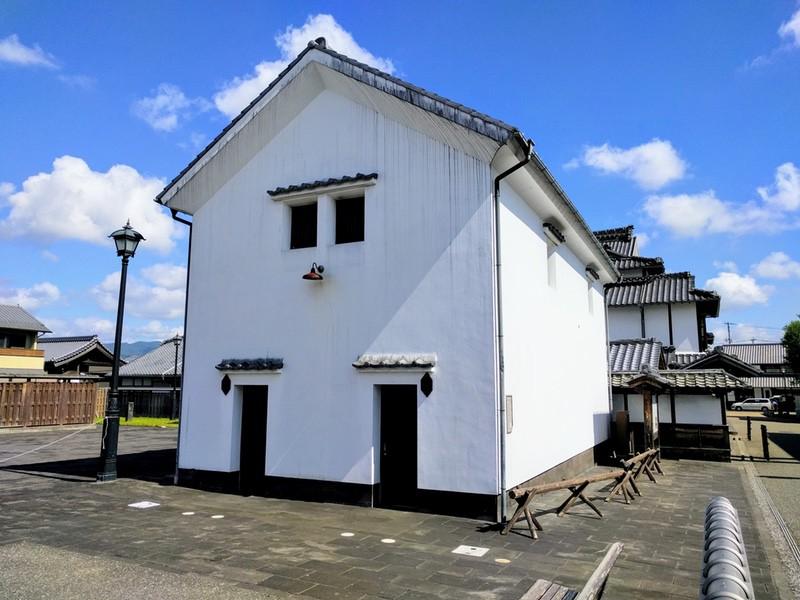04旧江上屋の蔵