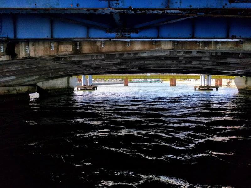 37橋の下