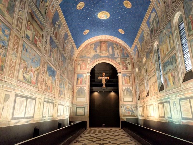13クスロベェーニ礼拝堂