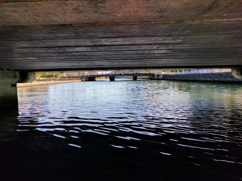 23橋の下