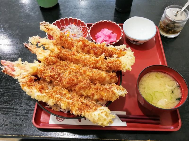 11赤字丼