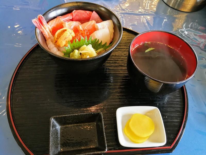 12海鮮丼