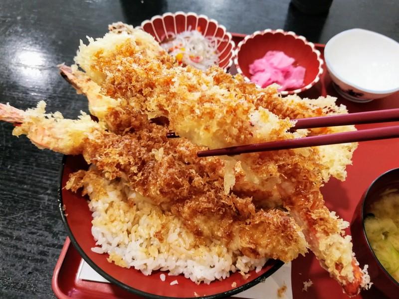 15赤字丼