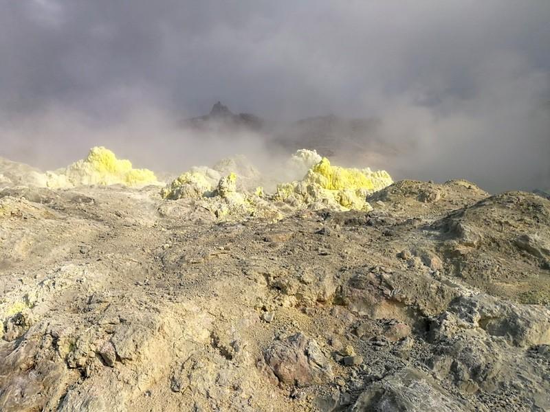 08硫黄山