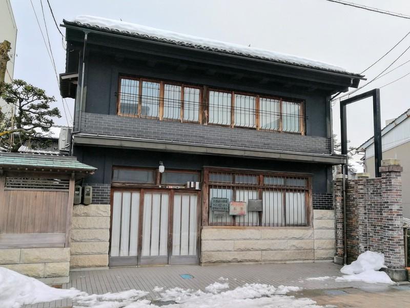 04古い建物