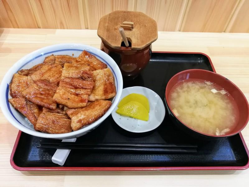11豚丼 バラ
