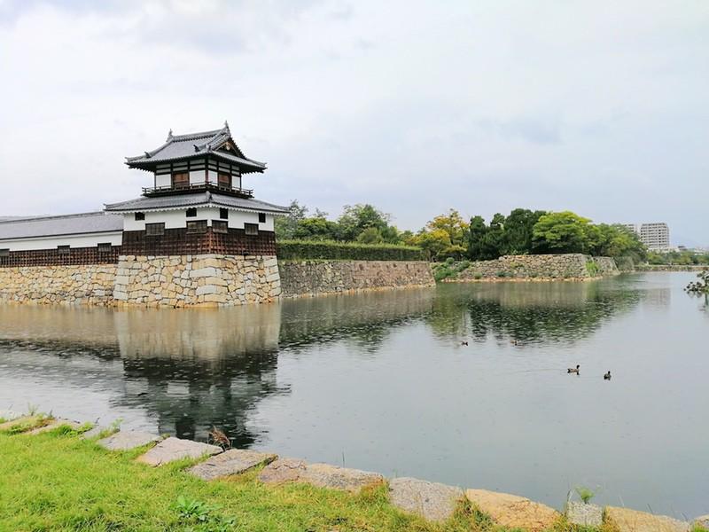 16太鼓櫓と石垣