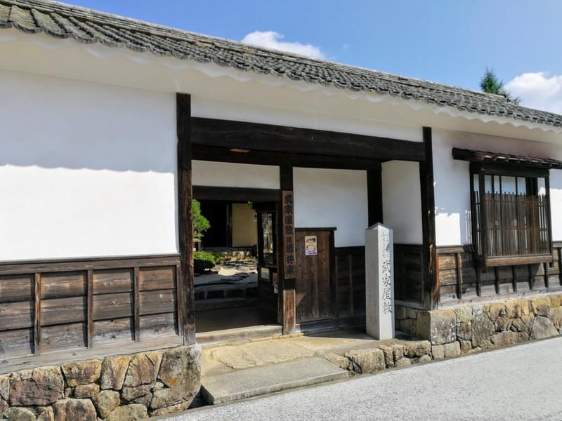01折井家入口