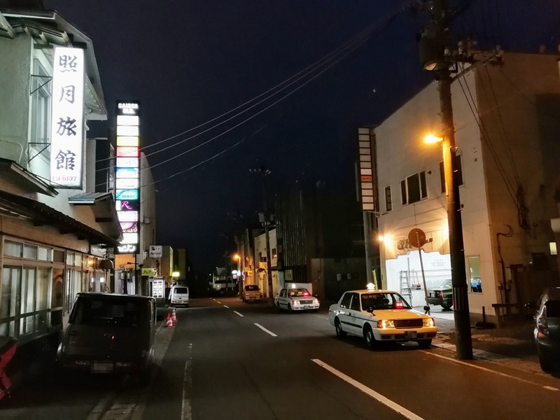 12夜の繁華街